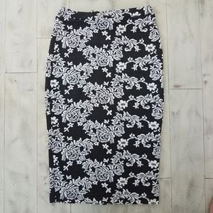 Black & White Floral Pencil Skirt (A1)